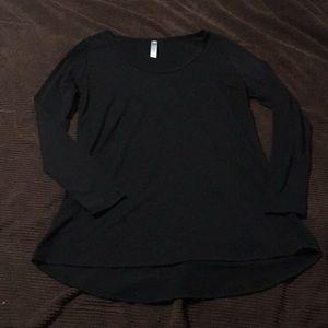 Lularoe Lynnae top, Black, S